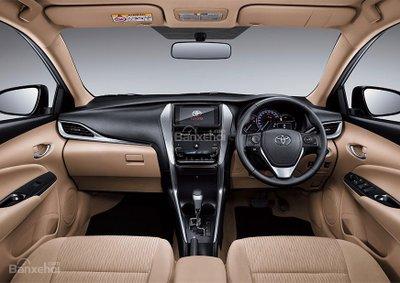 Khoang nội thất Toyota Vios 2018 giá 466 triệu dành cho Indonesia.