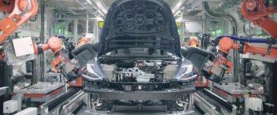 Tesla ngừng dây chuyền sản xuất Model 3 để sửa lỗi 2a