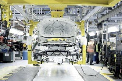 Jaguar Land Rover xem xét xây dựng nhà máy tại Mỹ 3a