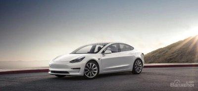 """Tesla Model 3 lỡ hẹn với đánh giá """"Khuyên Dùng"""" của Consumer Reports z"""