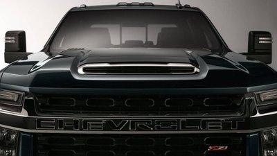 Chevrolet Silverado HD 2020 hé lộ ảnh đầu xe hầm hố trước khi ra mắt 1a