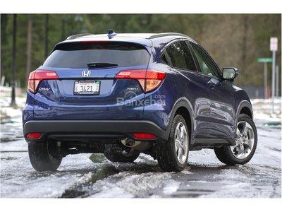 4. Honda HR-V 2018 khá ồn và rung z