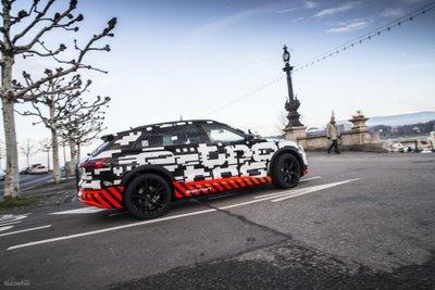 Audi e-Tron sẽ vượt mặt ô tô Tesla về tốc độ sạc điện 3a