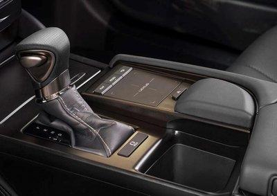 Lexus ES 2019 trình làng với nhiều điểm mới a14