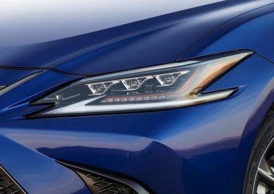 Lexus ES 2019 trình làng với nhiều điểm mới a7