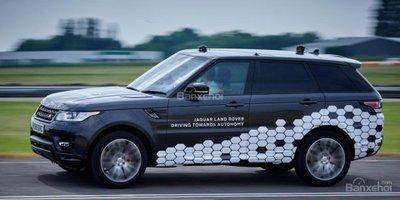 """Jaguar Land Rover phát triển hệ thống """"nhìn trước"""" ngã rẽ - 2"""