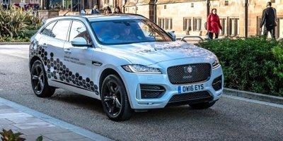"""Jaguar Land Rover phát triển hệ thống """"nhìn trước"""" ngã rẽ - 1"""
