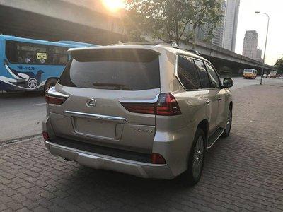 Lexus LX570 2018 nhập Mỹ tại Việt Nam có giá hơn 9 tỷ đồng a7