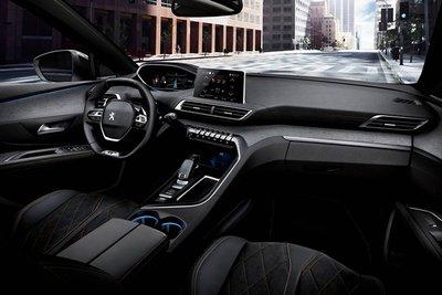 Nội thất Peugeot 5008 2018 a4