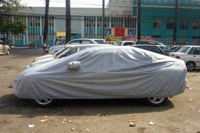 Nguy cơ từ việc đặt sai vị trí chai nước trên xe ô tô 8