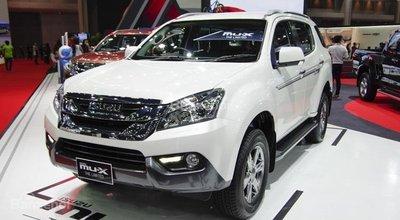 Xếp hạng SUV 7 chỗ bán chạy nhất Việt Nam tháng 4/2018: Isuzu MU-X 11
