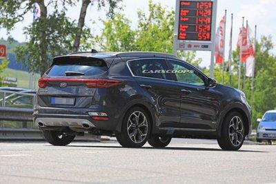 Kia Sportage 2019 bị phát hiện chạy thử ở Nurburgring 3