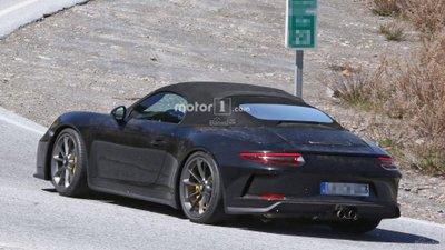 Sẽ chỉ có 1.984 chiếc Porsche 911 Speedster thế hệ mới được sản xuất 3a