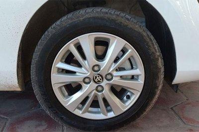 Bất ngờ với thiết kế hoàn toàn khác biệt của Toyota Vios 2018 mới xuất hiện tại Quảng Ninh - Ảnh 3.