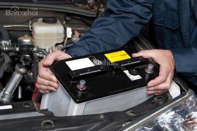 Không chăm sóc và bảo dưỡng xe thường xuyên z