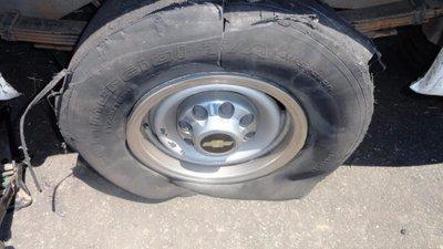 Trời nắng nóng, ''''''''tóm gọn'''''''' các bí kíp phòng tránh nổ lốp xe ô tô 7