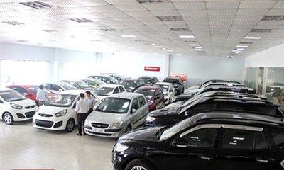 """Đắt hàng, tăng giá: Thị trường ô tô cũ còn """"ấm"""" đến bao giờ? 1"""