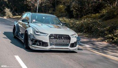 Audi RS6 độ hầm hố ngang xe đua DTM.