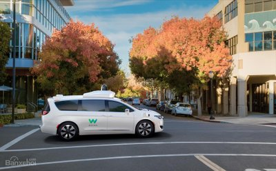 Không ngại khó, Waymo cùng FCA tiếp tục cược lớn vào công nghệ xe tự lái - 2