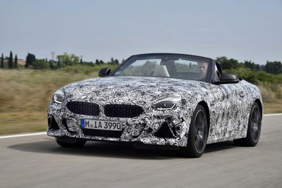 BMW Z4 M40i 2018 lộ diện trong bộ dạng roadster thuần chủng a16