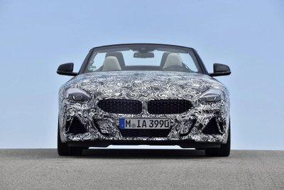 BMW Z4 M40i 2018 lộ diện trong bộ dạng roadster thuần chủng a13
