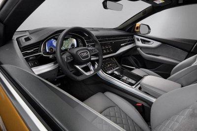 Nội thất của Audi Q8 mang vẻ sang trọng và công nghệ hiện đại