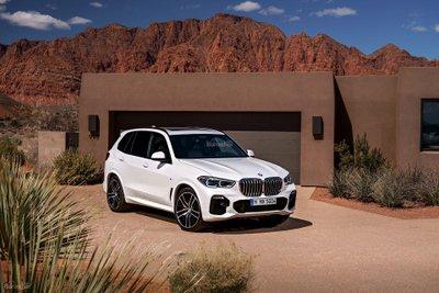 BMW X5 2019 sở hữu nhiều công nghệ an toàn tiên tiến z