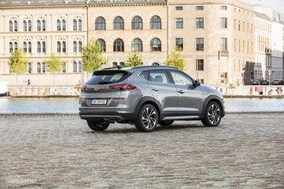 Sạch mà mạnh, SUV Hyundai Tucson 2019 hybrid diesel ra trận hè năm nay - 2