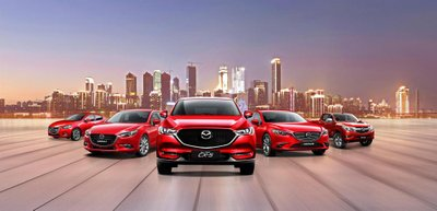 Không còn giảm giá, Mazda chuyển sang khuyến mại quà tặng cho khách Việt,..