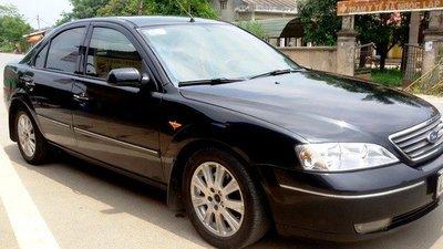 Ford Mondeo  cũng được rao bán với giá từ 200 – 300 triệu đồng