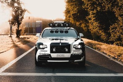 """Rolls-Royce Wraith nguyên bản được thay thế với ngoại hình cực """"dị""""3"""