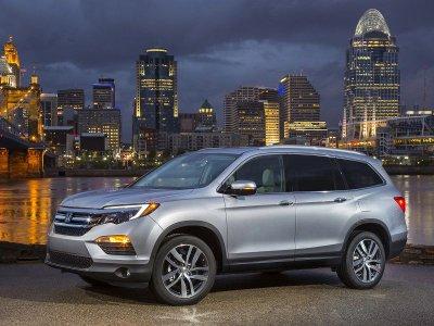 10 mẫu xe gia đình rộng rãi nhất hiện nay: Có Hyundai Santa Fe và Kia Sorento 2.