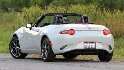 Mazda MX-5 Miata cập nhật mới, công suất tăng lên 182 mã lực 3a