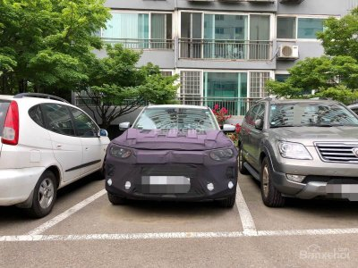 SUV SsangYong Korando chạy thử lộ ảnh nội thất - 1