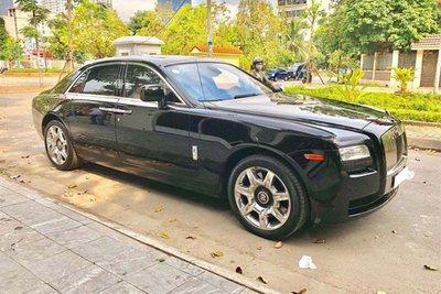 Rolls-Royce Ghost dùng 7 năm thét giá 11 tỷ 1