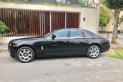 Rolls-Royce Ghost dùng 7 năm thét giá 11 tỷ 2