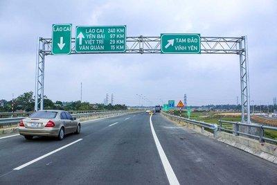Có được dừng đỗ trên đường cao tốc? 3