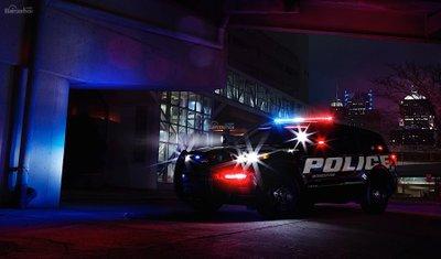 Chiêm ngưỡng Interceptor Utility - Siêu SUV truy đuổi tội phạm của Ford z