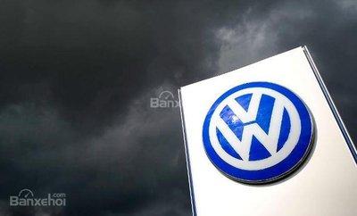 Volkswagen bị phạt 1 tỷ Euro vì gian lận khí thải - 2