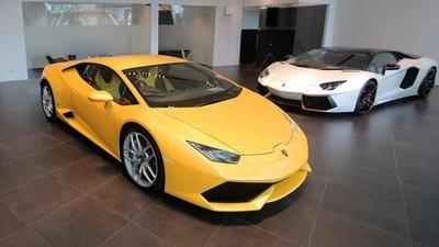 Lamborghini giúp khách hàng Việt Nam lên đời xe bằng cách bán hàng độc đáo 1