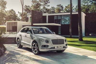 Bentley Bentayga Speed đã sẵn sàng ra mắt trong năm sau 10