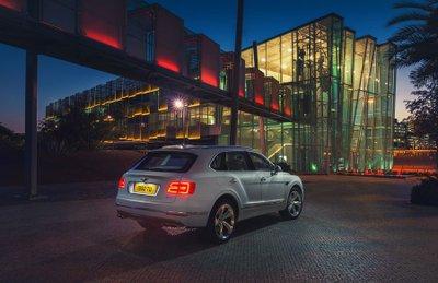 Bentley Bentayga Speed đã sẵn sàng ra mắt trong năm sau.