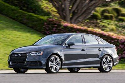 10 xe hơi rớt giá thảm hại sau 3 năm sử dụng tại Mỹ: BMW serie 5 đứng đầu 3.