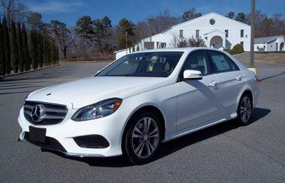 10 xe hơi rớt giá thảm hại sau 3 năm sử dụng tại Mỹ: BMW serie 5 đứng đầu 8.