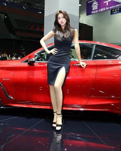 Ngắm dàn người mẫu xinh như hotgirl tại triển lãm Busan 2018 14.