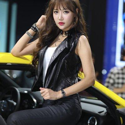 Ngắm dàn người mẫu xinh như hotgirl tại triển lãm Busan 2018 13.