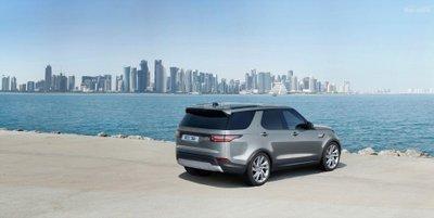 Land Rover Discovery SDV 6 có mức tiêu hao nhiên liệu 7,8 lít/100 km z