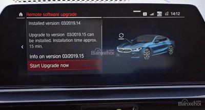 BMW 8-Series Coupe 2019 trang bị tính năng cập nhật trực tuyến - 1