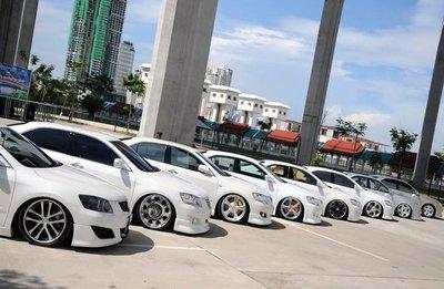 Việt Nam nhập khẩu hơn 9.000 xe ô tô trong 5 tháng đầu năm 2018 1.