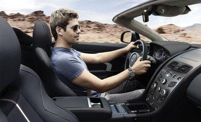 Ngồi lâu trên xe ô tô sẽ ảnh hưởng xấu đến cột sống 1.
